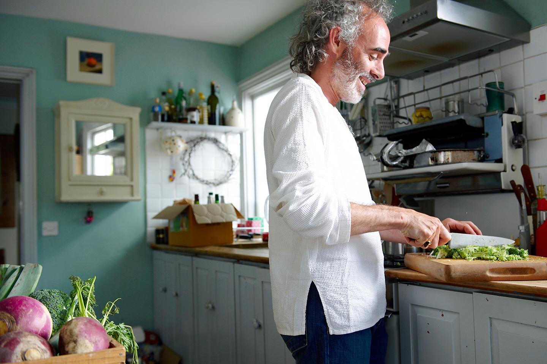 """<p style=""""text-align: right;""""><a href=""""/warm-quinoa-with-greens"""">Warm Quinoa with Greens</a></p> <p style=""""text-align: right;"""">Plant-based</p>"""