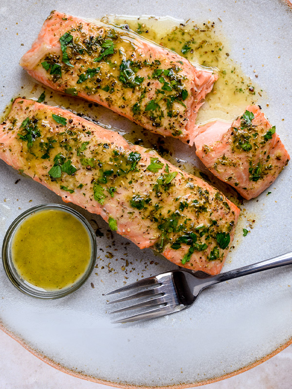 """<p style=""""padding-left: 15px; padding-right:15px"""">""""Thanks to you I'm incorporating more fish into my diet - and actually enjoying it!""""</p> </br> <span style=""""font-weight: bold"""">David P.</span> <p>Herb Roasted Salmon</p>"""