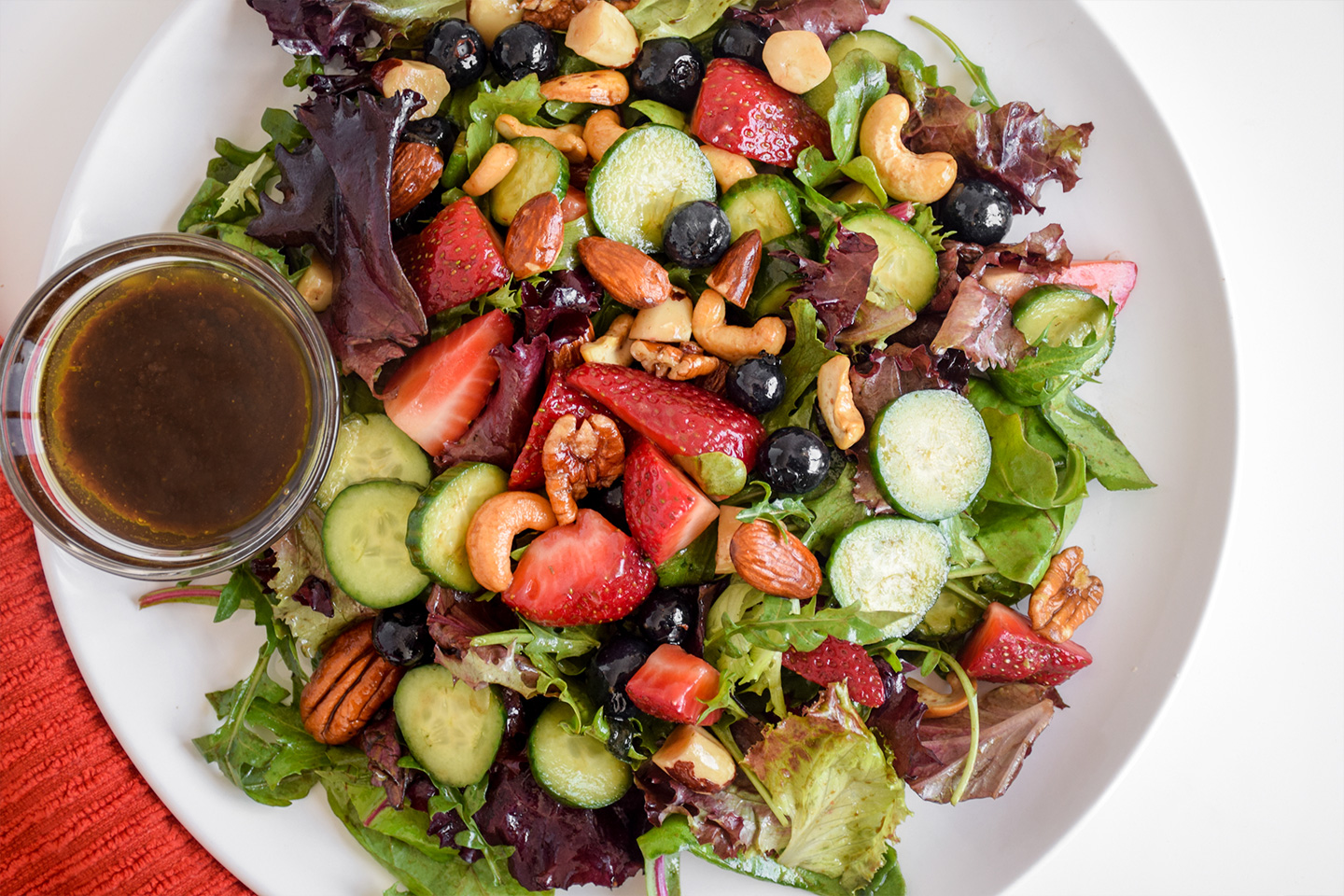 """<p style=""""text-align: right;""""><a href=""""#"""">Berry &amp; Mixed Nut Balsamic Salad</a></p> <p style=""""text-align: right;"""">Plant-based, &amp; Paleo</p>"""